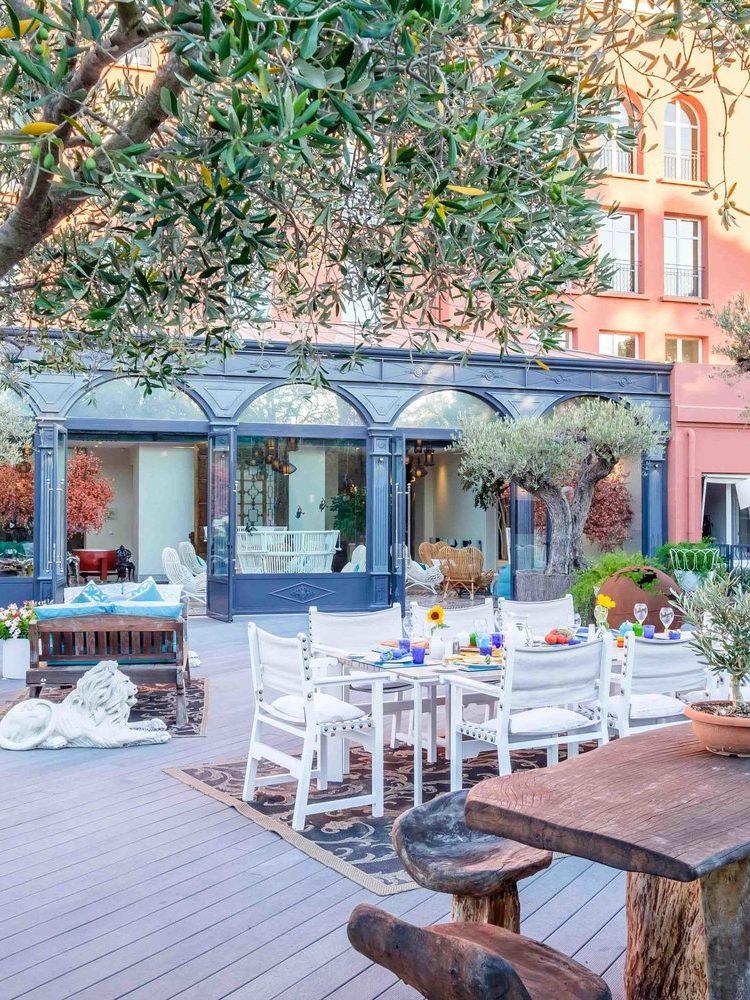 Le+Beauvallon+-+North+Terrace